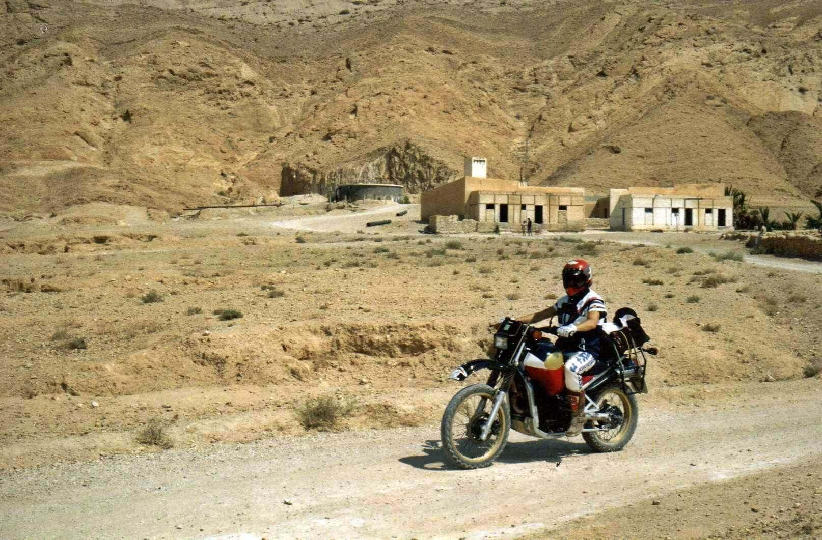 Raid moto 4x4 Tunisie Wild Spot El Kef Chebika - au pied des monts de Tebessa - derrière l'Algérie