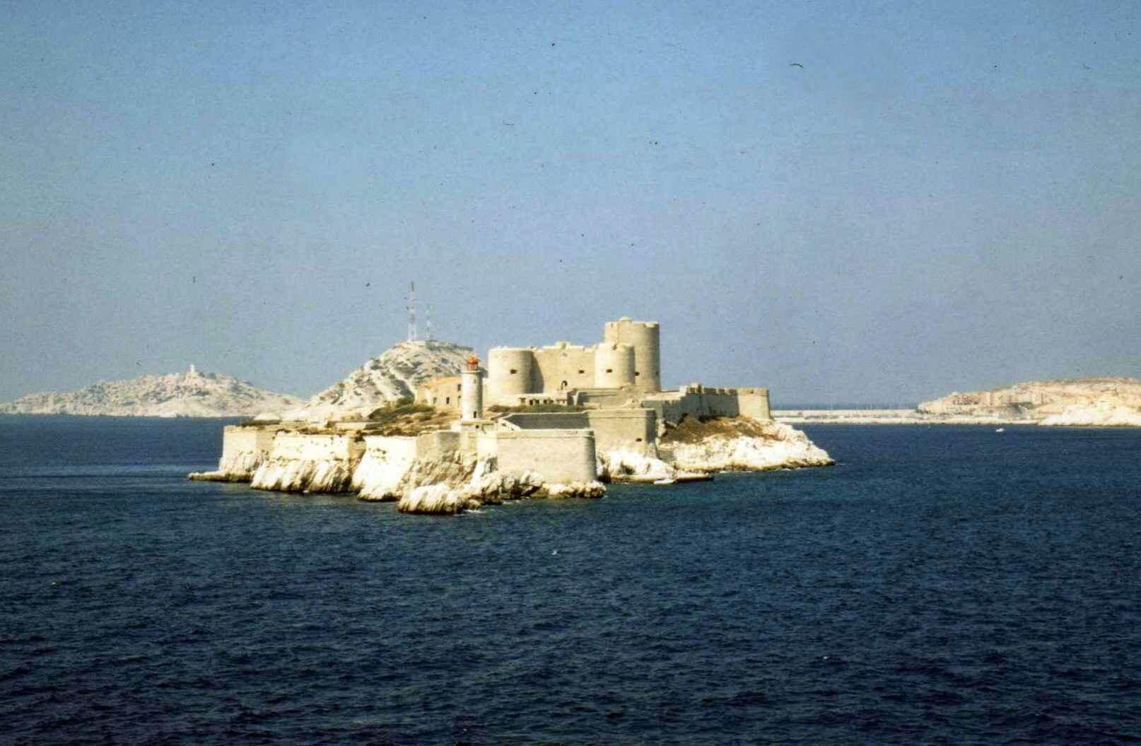 Raid moto 4x4 Tunisie Tunis Djerba Wild Spot Raid moto 4x4 Tunisie Tunis Djerba Wild Spot chateau d'if