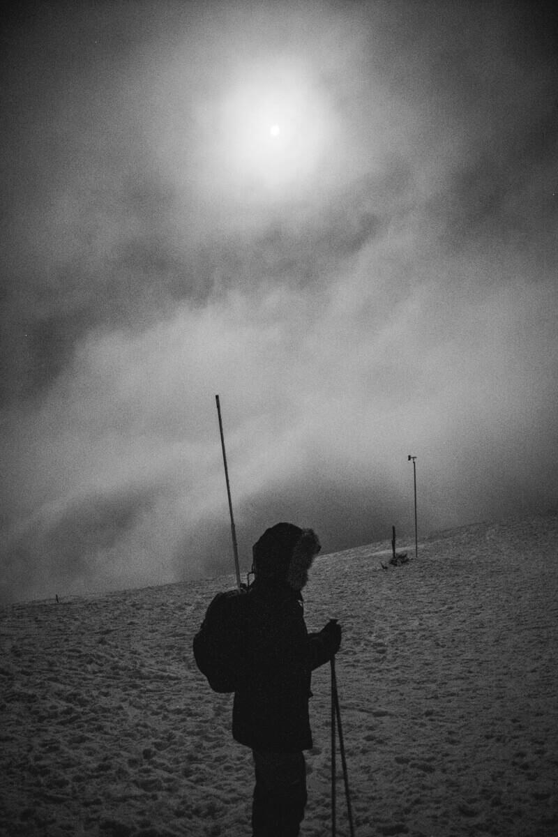 Croix du Nivolet Bauges par Le Sire nuit Hiver raquettes Wild Spot