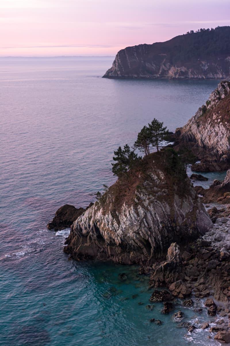 Presqu'île Crozon île vierge plaque crique Bretagne Finistère Wild Spot